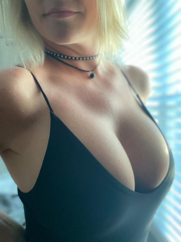 Barno Hot Girls Collection (49 Pics) 18