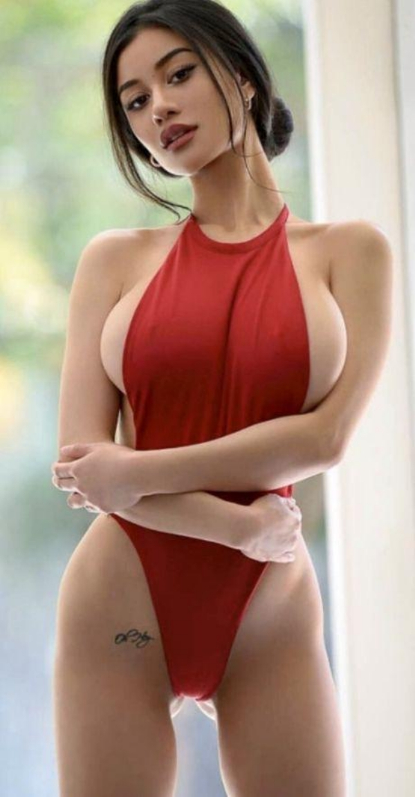 Hot girls big boobs