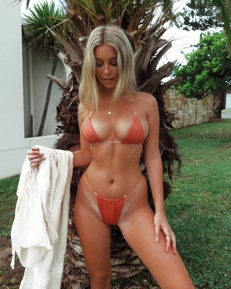 47 Sexy Girls With Tan Lines - Barnorama