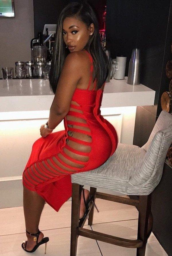 38 Sexy Girls With Beautiful Legs - Barnorama