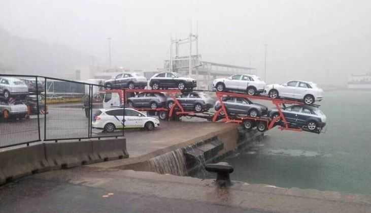 37 Crazy Photos That Are Definition Of A Bad Day